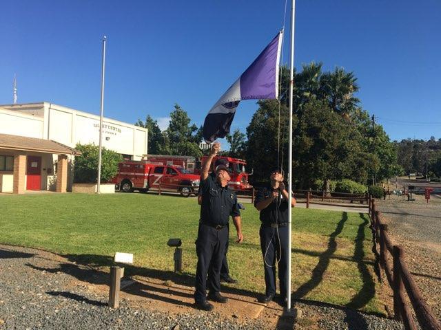 Lowering the In Memoriam flag